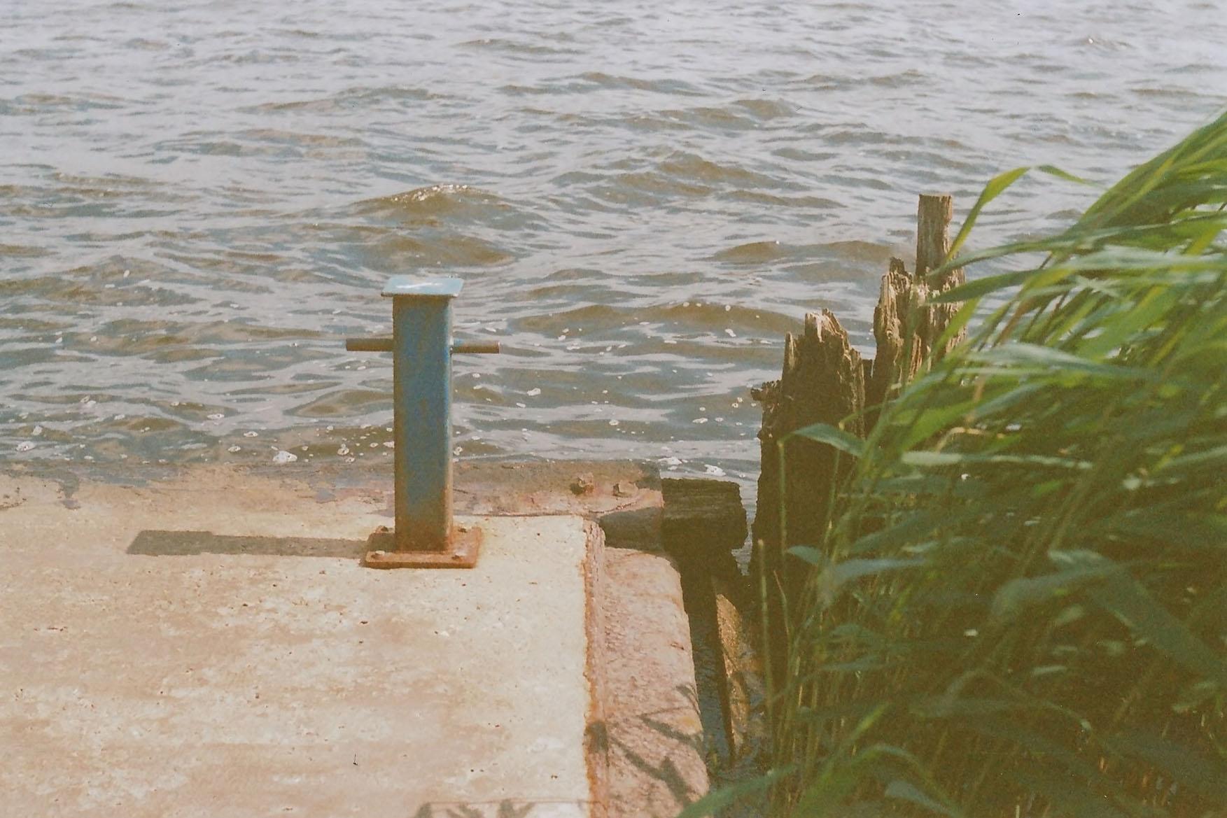 Ecke eines Bootsanlegers